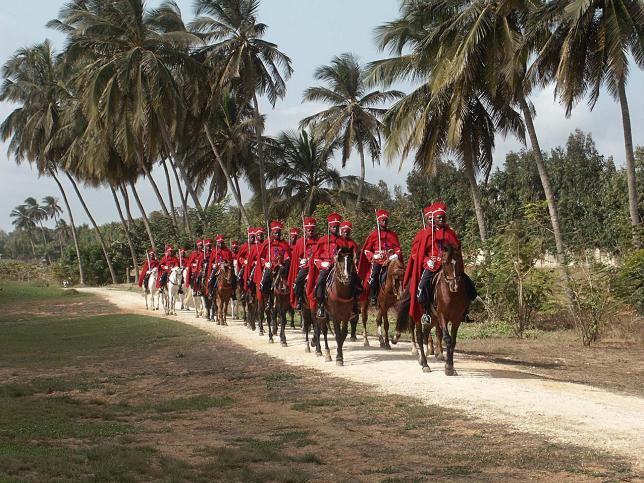 La garde rouge, beauté noire du Sénégal