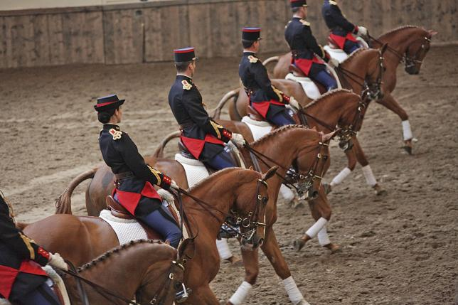 Garde Républicaine, mission France